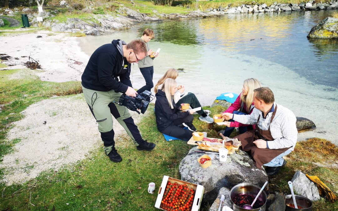 Energisk bålkos frå Finnøy